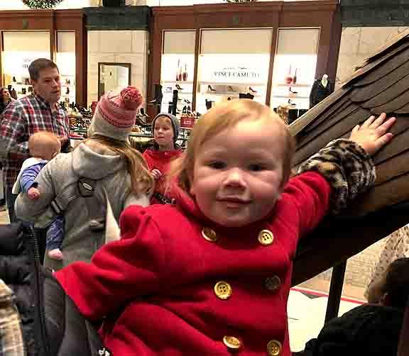Christmas Light Show At Macy S Philadelphia Friends Of Wanamaker Organ